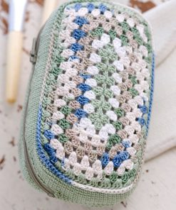 Make Up Bag Free Crochet Pattern