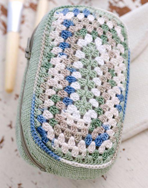 Make Up Bag Free Crochet Pattern