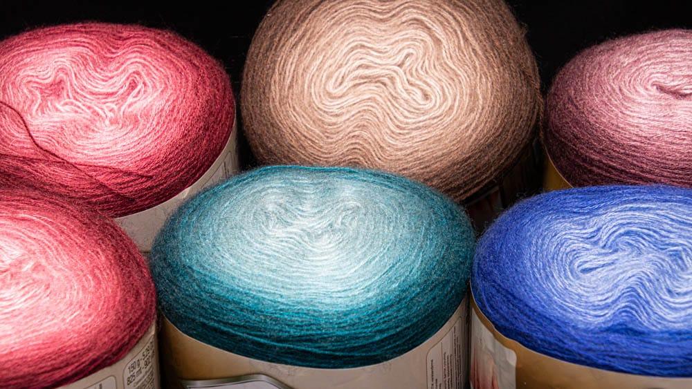 Alize Batik Ombre Size 2 yarn